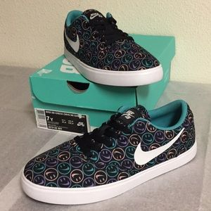 NIKE SB CHECK CNVS NK DAY (7Y) BOYS OR GIRLS SHOES